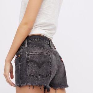 levi's | vintage 511 high waisted mom jean shorts